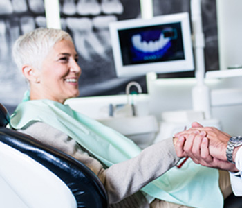 FAQ about dentures for your new smile in Carrollton area