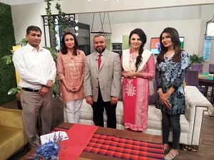 Dr. Anas Athar on the set of TV Show Chai, Toast aur Host for an interview for Dawn News (Pakistan), discussing dental health! image 3