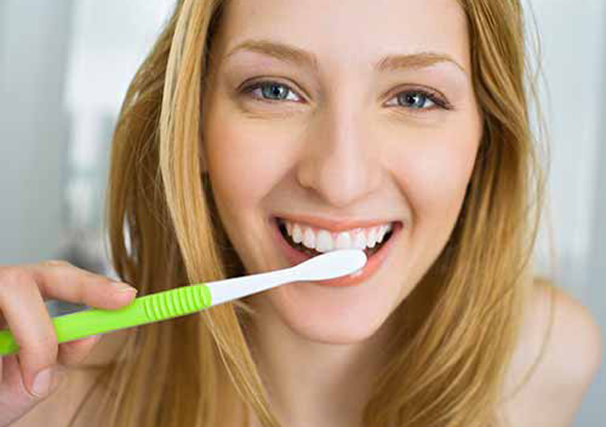 CARROLLTON, TX DENTIST DESCRIBES THE IMPORTANCE OF ROUTINE DENTAL CLEANING SERVICES AND EXAMINATIONS